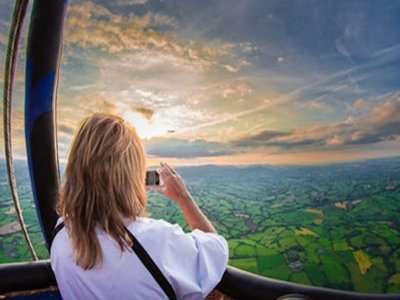 Gold Ballooning Experience Bristol for 1h