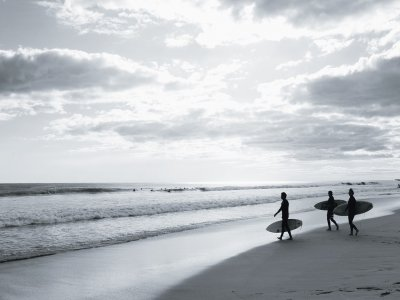 Totora Surf School