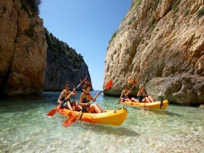 Treasure hunt, tandem kayak adventure