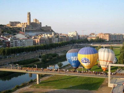Balloon Ride Over Lleida + Pictures
