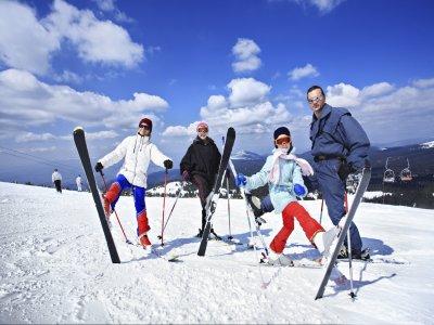 Escuela de Esquí Cota 2500 Esquí