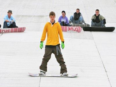 Swadlincote Ski & Snowboard Centre Snowboarding
