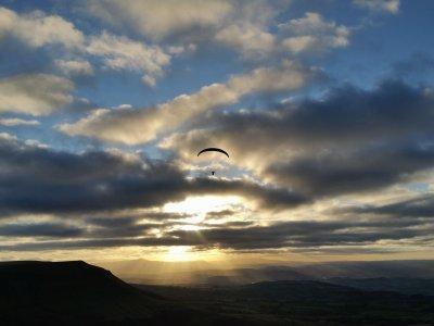 Axis Paragliding and Paramotoring Paragliding