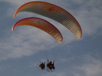 Axis Paragliding and Paramotoring Paramotoring