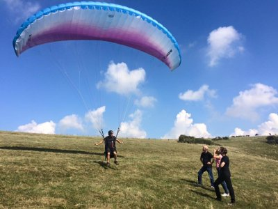 Sussex Hang Gliding and Paragliding Paragliding