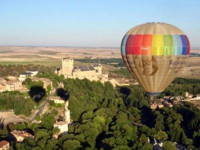 Balloon Ride Over Segovia + HD Video