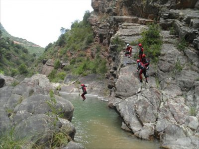 Canyoning in Leza Canyon, 3 Hours