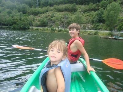 Assua Viatges Canoas