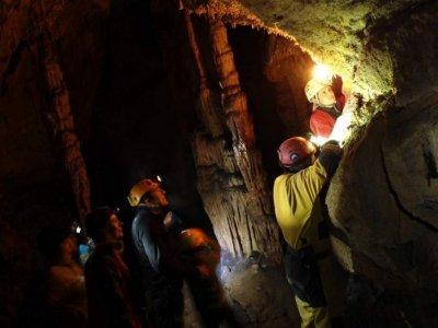 Speleology in La Lóbrega Cave and Peña Miel