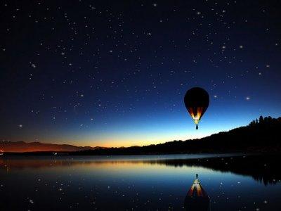 Night hot air balloon ride in Segovia+HD Video