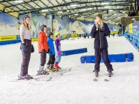 Professional Instructoros in Lessons for beginners at Snowdome!