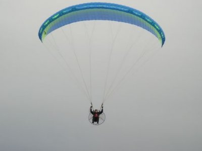 Paragliding with Parapent Paramotoring