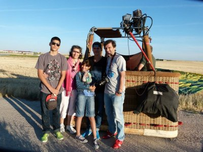Balloon Flight in Aranjuez + Photos +HQ Video Kids