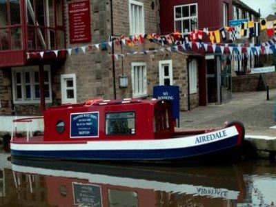 Pennine Boat Trips
