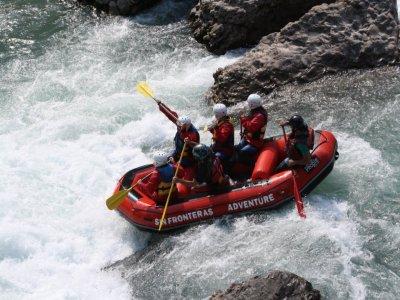 Rafting on Esera River, 8 km, 1h 30min