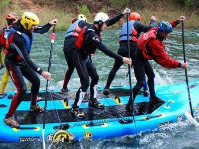 Mega SUP, XXXL board in rough waters