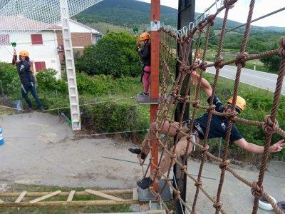 Adventure rope course park Lozoya, 20 challenges