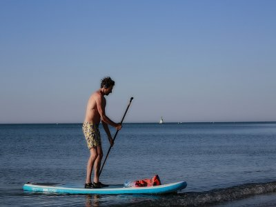 3h stand up paddle surfing in Gavà, Barcelona