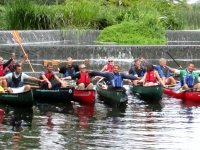 Canoeing in groups