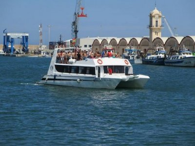 Boat party with lunch weekdays, 3 hours