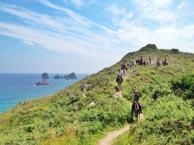 Horse riding tour by the beach in Celorio, 2 hours