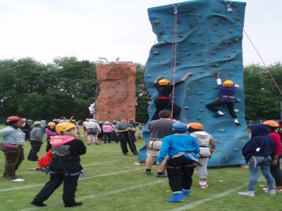 UK Mobile Climbing Wall Climbing