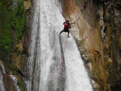 Aquatic canyoning in Estret de les Penyes