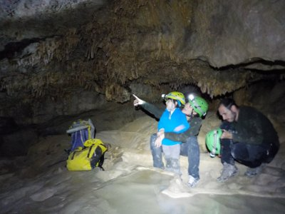 Caving initiation in Ainsa 4 hours
