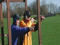 Clay pigeon shooting box