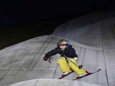 Aberdeen Snowsports Centre Skiing