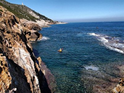 Single kayaking in Denia, 1h