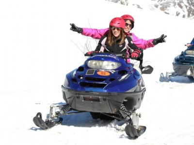 Two-Seater Snowmobile Route Tena Valley 2h