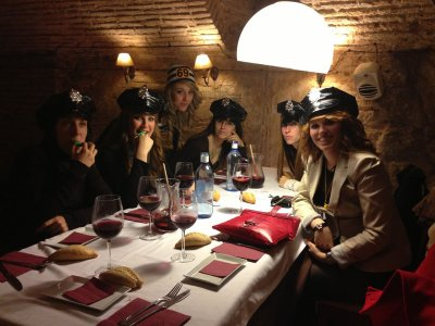 Tasting dinner + karaoke Furor + 30 drinks