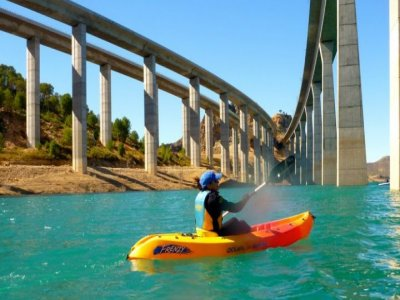 Kayaking in Contreras Reservoir - 2h 30m