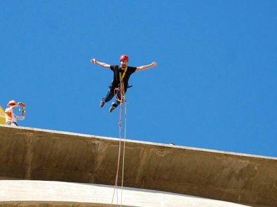 Bungee jumping in Alcoy FREE photos or video