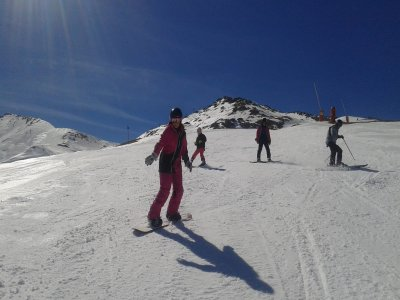 Snowboarding private lesson in Cerler 3 hours
