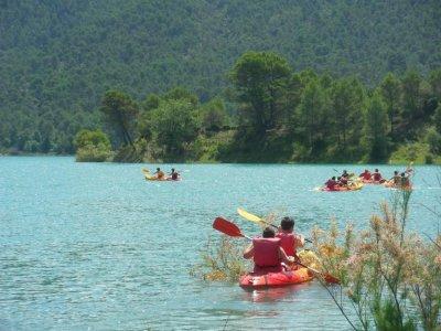 Canoeing tour in El Tranco reservoir 2 hours