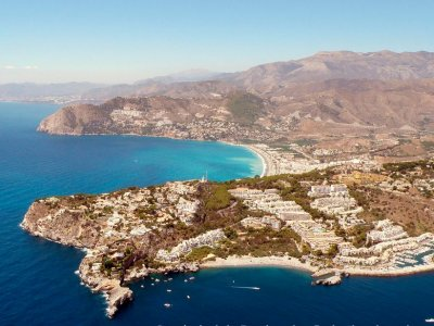 Helicopter tour over Granada's monuments & coast