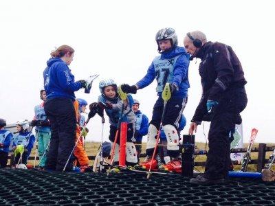 Pendle Ski Club Skiing