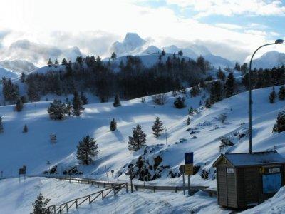 Snowshoes tour 4 hours Somport