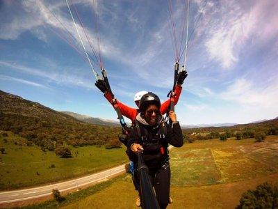 15-25 min High Mountain Paragliding Madrid