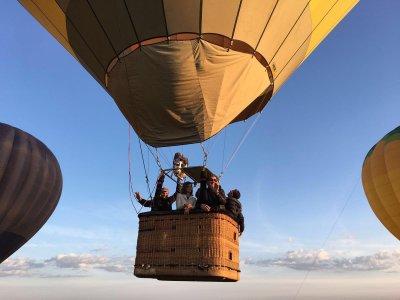 Balloon Flight in Madrid + Brunch and DVD