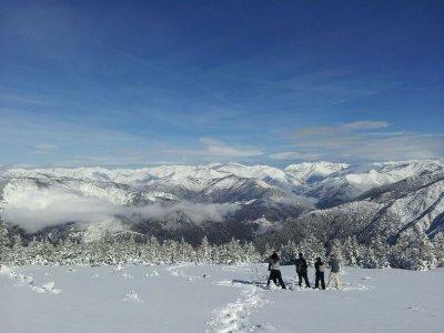 Snowshoeing, Alto Pirineo
