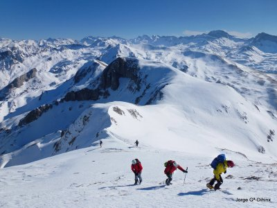 Snowshoes trip 1 day, Valle de Hecho