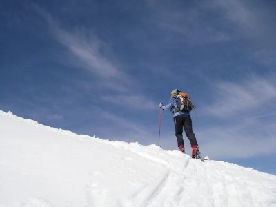 Route with snowshoes in Benasque