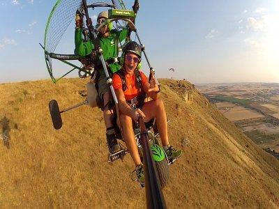 15 min paramotoring in La Muela mountain