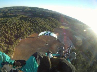 25 min acrobatic paramotoring in La Muela + video