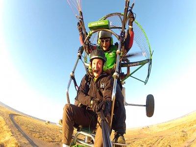 Acrobatic paramotoring near Madrid + video