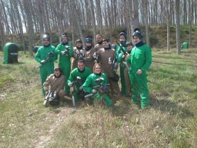 Paintball game with 200 balls in Castejón