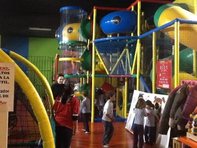 B-Day Party with Hot Meal, Children Play Centre